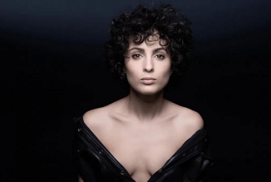 Франция: Барбара Прави о выступлении на сцене Евровидения — 2021